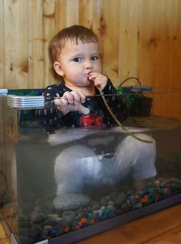 kids-act-like-animals-aquarium__700